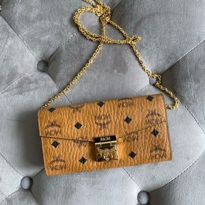 MCM Coated Canvas Wallet on a Chains